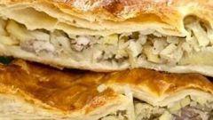 Как испечь слоеный пирог с курицей и грибами