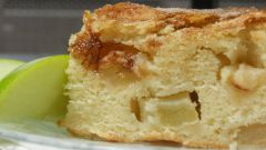 Как испечь вкусный пирог с яблоками на кефире