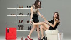 Как правильно подобрать туфли к повседневному и нарядному платью