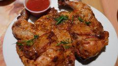 Как приготовить цыпленка табака с томатно-чесночным соусом