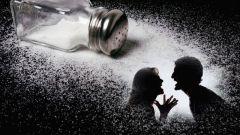 К чему рассыпается соль