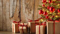 Какие сувениры подарить на Новый год