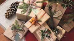 Как просто упаковать подарки на Новый год своими руками