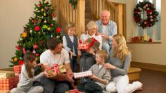 Как отметить Новый год дома с семьей