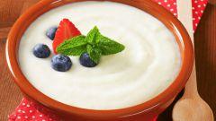 Как приготовить манную кашу на молоке и без комочков
