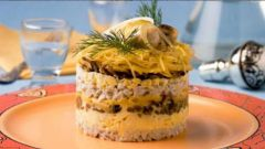 Как приготовить вкусный салат с грибами и ветчиной на Новый год