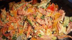 Какой салат можно приготовить из полукопченой колбасы