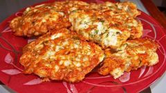 Как просто приготовить оладушки из куриной грудки с сыром