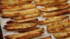 Как приготовить картофель фри в духовке без масла