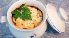 Как приготовить мясо с цветной капустой в горшочке