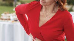 Почему возникает боль в правом боку и как с ней бороться
