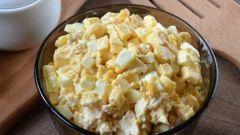 Как приготовить салат из куриной грудки и кукурузы