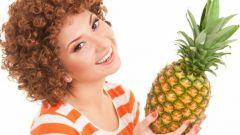 Как выбрать ананас спелый в магазине