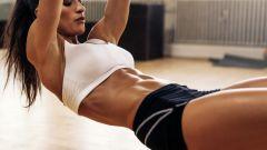 Делаем плоский животик дома: 5 эффективных упражнений на пресс для девушек