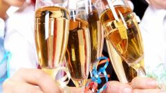 Где лучше встретить Новый год — в ресторане или дома