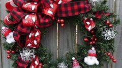 Как сделать Рождественский венок из подручных средств