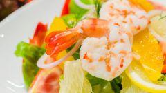 Как приготовить салат из креветок с апельсинами