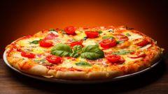 Как приготовить вкусную пиццу за 10 минут