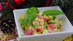 Как приготовить простой салат с крабовыми палочками и апельсином