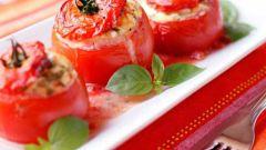 Как приготовить помидоры, фаршированные  зеленым горошком