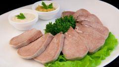 Сколько варить свиной язык до готовности в кастрюле, мультиварке, скороварке
