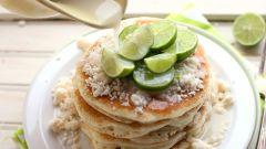 Как приготовить нежные блинчики из корня таро с кокосовым сиропом