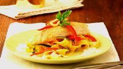 Как приготовить судака в сливочно-луковом соусе