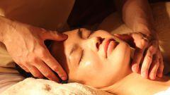 Как сделать массаж лица в домашних условиях