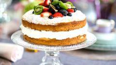 Как испечь торт со сливочно-сырным кремом