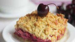Как приготовить тертый пирог с ягодами