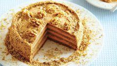 Как испечь торт с вареной сгущенкой