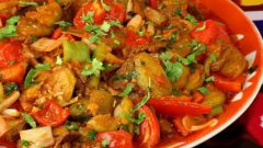 Как приготовить тушеное мясо с овощами и грибами