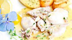 Как приготовить кальмары с овощами в сметанном соусе