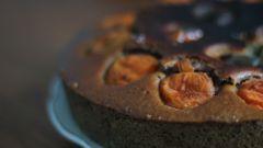Как приготовить веганский вишневый пирог с абрикосом
