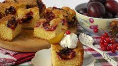 Как испечь пирог со сливами и кардамоном на йогурте