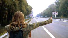 Как путешествовать девушке автостопом