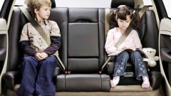 Как правильно перевозить в транспорте детей по новым правилам