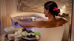 Какие ванны принимать женщинам для красоты
