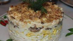 Как приготовить вкуснейший салат с курицей, грибами и грецкими орехами