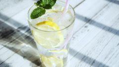 Какой бывает лед для напитков: способы приготовления
