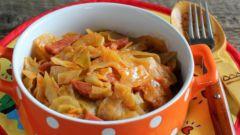 Как приготовить тушеную капусту с колбасой в мультиварке