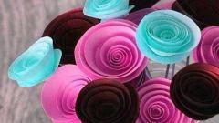 Как сделать розы из цветной бумаги