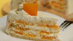 Как испечь бисквитный торт с консервированными персиками