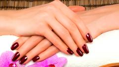 Как быстро отрастить ногти и сделать их крепкими