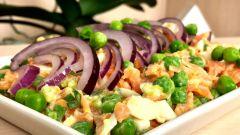 Как приготовить легкий фитнес-салат для похудения: два рецепта
