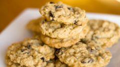 Как приготовить овсяное печенье с изюмом и орешками