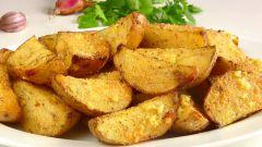Как приготовить картошку с чесноком в духовке