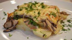Как приготовить картофель с грибами и сметаной в духовке