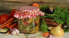 Как приготовить салаты на зиму