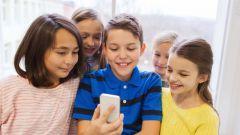 Имеет ли право учитель забирать телефон у ученика на перемене